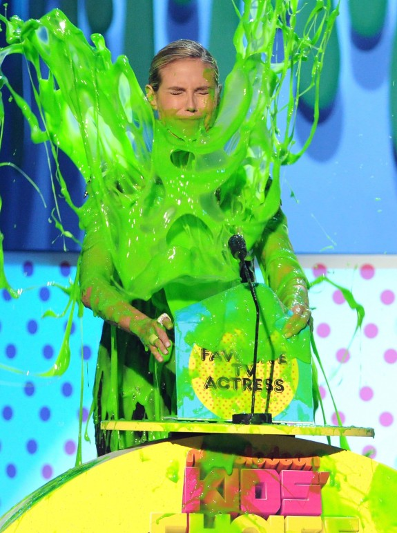 heidi klum kids choice awards. Heidi Klum slimed at 2011